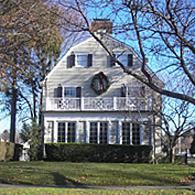 la maison hant e d 39 amityville est vendre new york. Black Bedroom Furniture Sets. Home Design Ideas