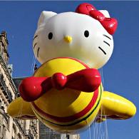 Cette année, c'est Hello Kitty qui ouvrira la marche de la parade. (Photo D.R.)
