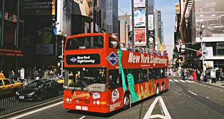 Les bus Hop-on Hop-off vous offrent une vue panoramique ! (Photo D.R.)
