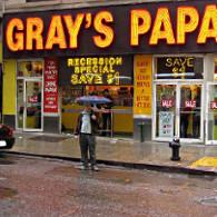 New York : le roi du hot-dog destitué