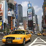 Times Square conserve sa zone piétonne