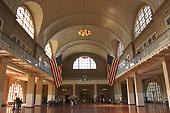 L'impressionnant hall principal d'Ellis Island.