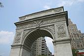 L'arche érigée en hommage à George Washington.