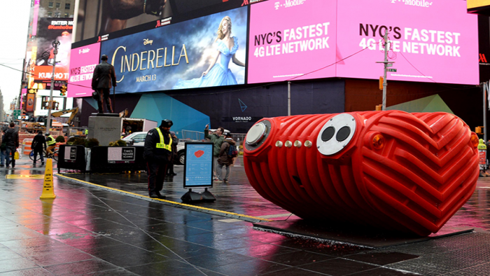Heart Beat, le coeur géant sur Times Square. (Photo D.R.)