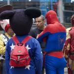 Les super-héros entrent au musée sur Times Square