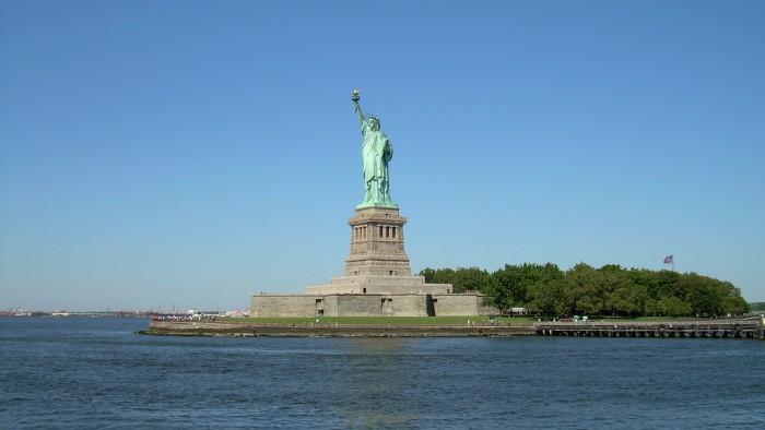 La statue de la Liberté sur son île. (Photo  Giorgio Tomassetti)