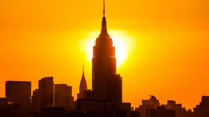 Plein soleil sur l'Empire State building. (Photo Anthony Quintano)