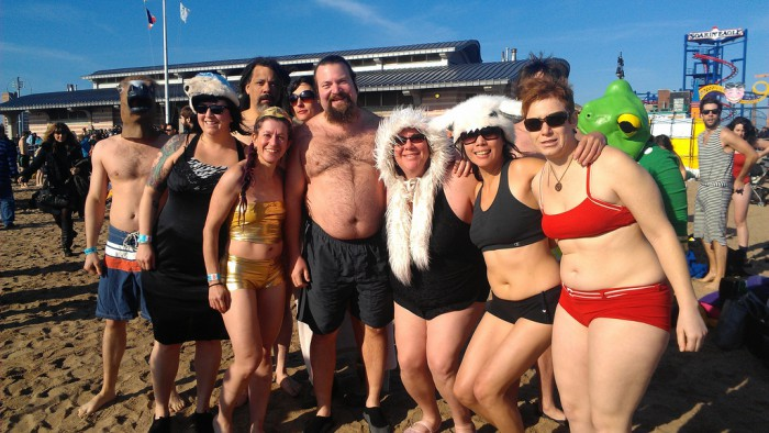 "Nagez avec les ""Ours polaires"" de Coney Island ! (Photo  Becky Stern)"