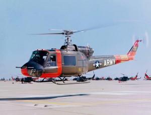 Bell UH 1A Iroquois en vol