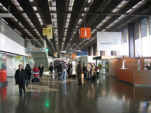 Le Hall du terminal Ouest à Orly