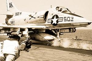 L'USS Intrepid raconte sa guerre du Vietnam