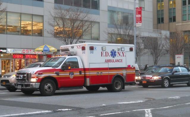 Une ambulance des pompiers de New York