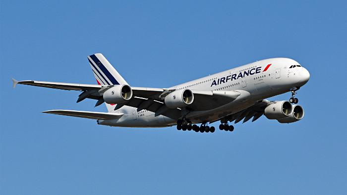 Un Airbus 380 d'Air France à l'atterrissage. (Photo Joe Ravi)