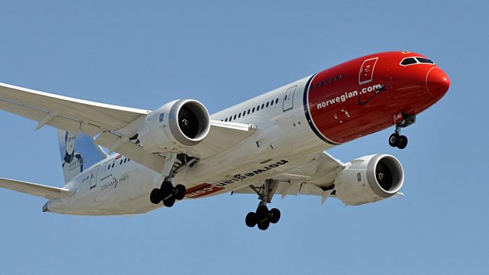norwegian low cost boeing 787 new york