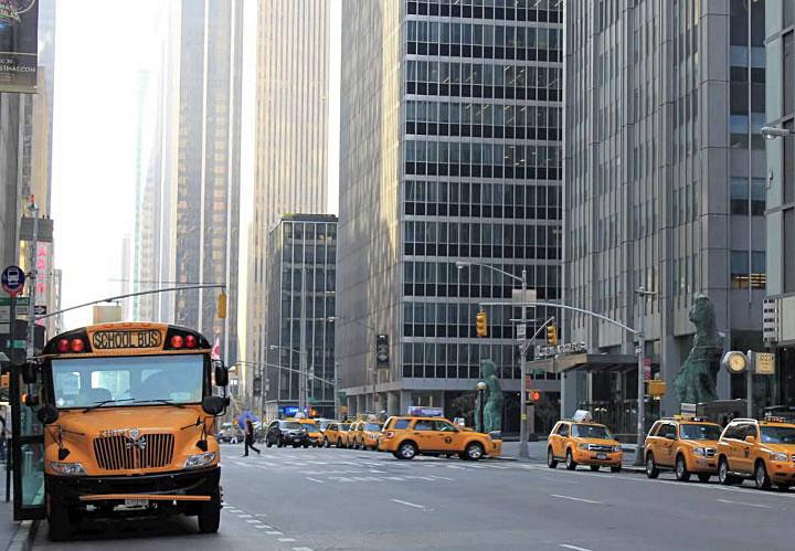 Midtown aujourd'hui ! La 6th Avenue et ses buildings...