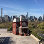 Le décor de Psychose sur le toit du Met de New York