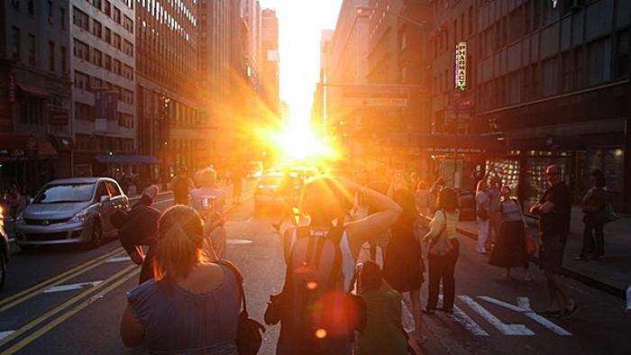 Prenez-en plein les yeux avec le Manhattanenge à New York !