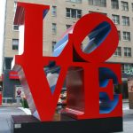 Love et Hope, deux sculptures à voir à New York