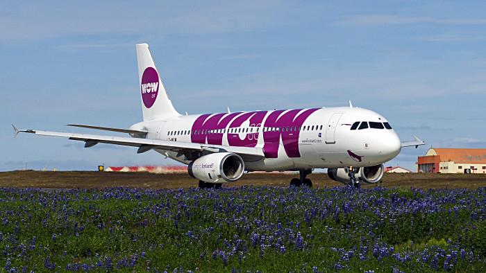 Un Airbus de WOW Air sur l'aéroport de Reykjavik. (Photo DR)