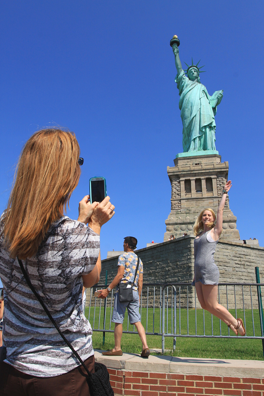 Très bien Extreme La statue de la Liberté est-elle un homme ? - ©New York QK34