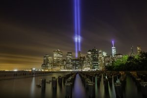 11 Septembre tribute in light New York City