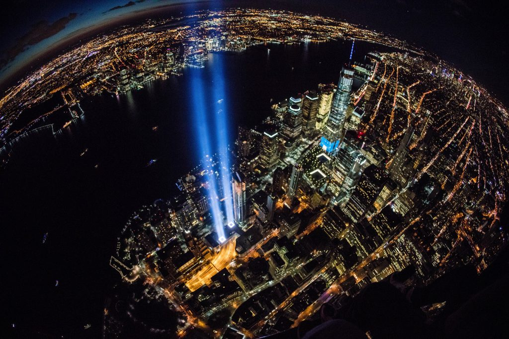 Tribute in light, vu d'hélicoptère