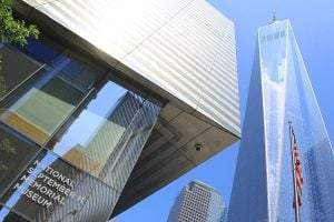 Le musée national du 11 septembre est au pied de la nouvelle tour One World Trade Cente