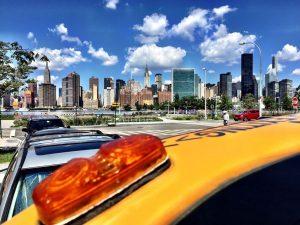 Le taxi offre une vue imprenable sur Midtown