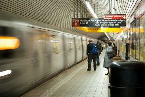 Un métro à quai à New York