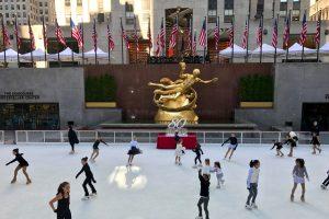 Lancez-vous sur la plus belle patinoire de New York