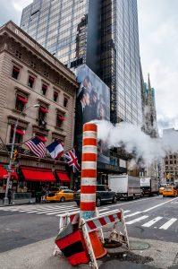 Une cheminée dans une rue de New York