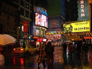 Times Square sous la pluie