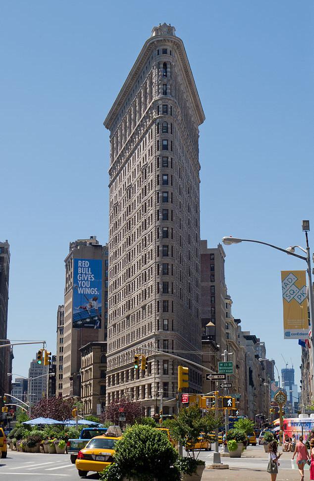 peut on visiter le flatiron building new york. Black Bedroom Furniture Sets. Home Design Ideas