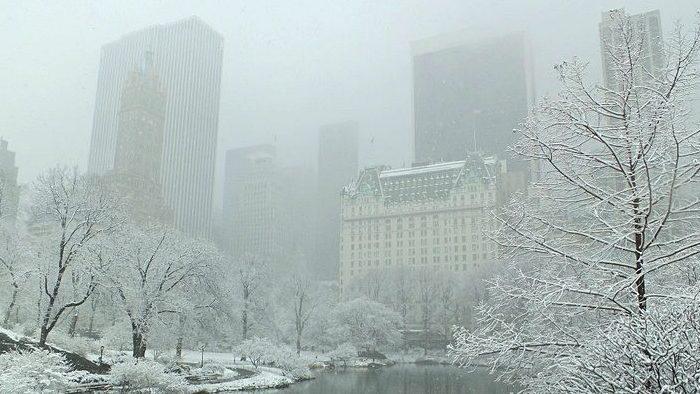 Une tempête hivernale frappe le nord-est des USA