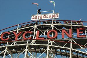Fêtez le 90ème anniversaire du Cyclone à Coney Island