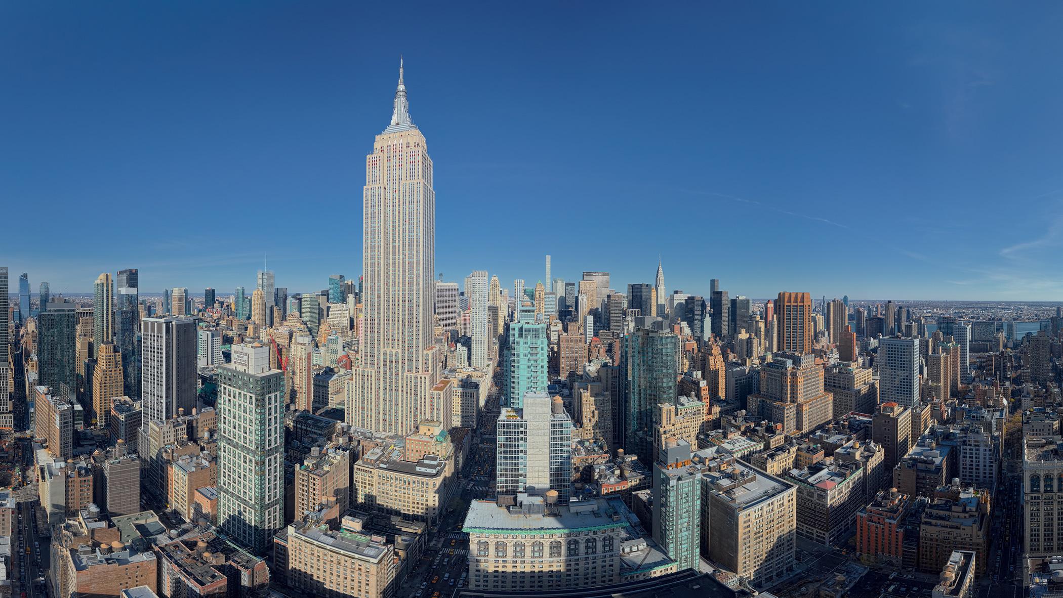 une nouvelle tour filiforme monte dans le ciel de new york. Black Bedroom Furniture Sets. Home Design Ideas