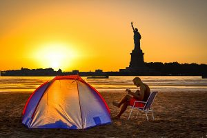 Un camping va ouvrir sur Governors Island, face à New York