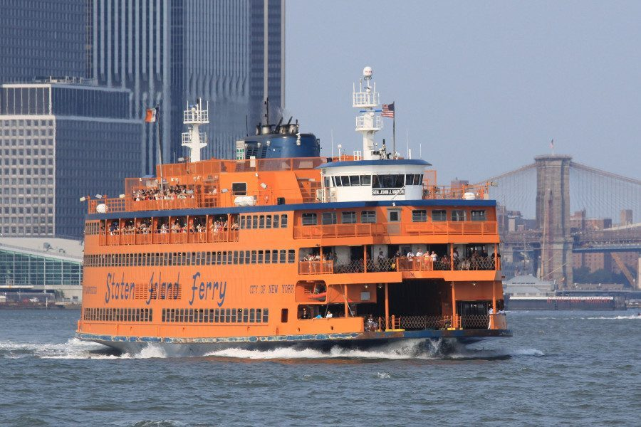 Le ferry de Staten Island à New York