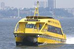 Les Water taxis