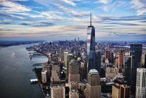 La nouvelle tour One World Trade Center atteint 546 mètres de haut.