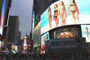 Times Square et ses écrans géants. (Photo Didier Forray)