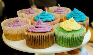 Les cupcakes aiment les couleurs.