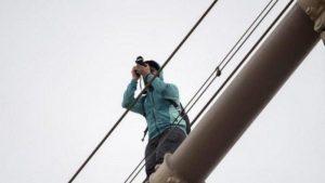 Le touriste français sur le pont de Brooklyn...
