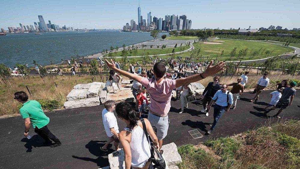 Une vue panoramique sur la baie de New York.