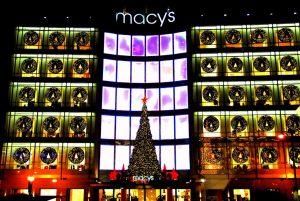 La façade de Macy's.