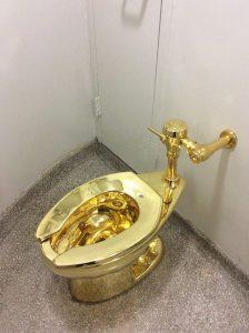 Le WC en or massif