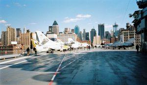 pont intrepid museum new york