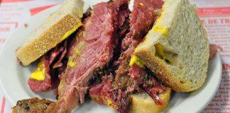 sandwich smoked meat