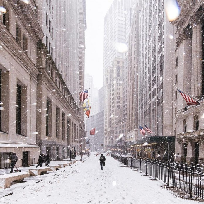 neige new york wall street