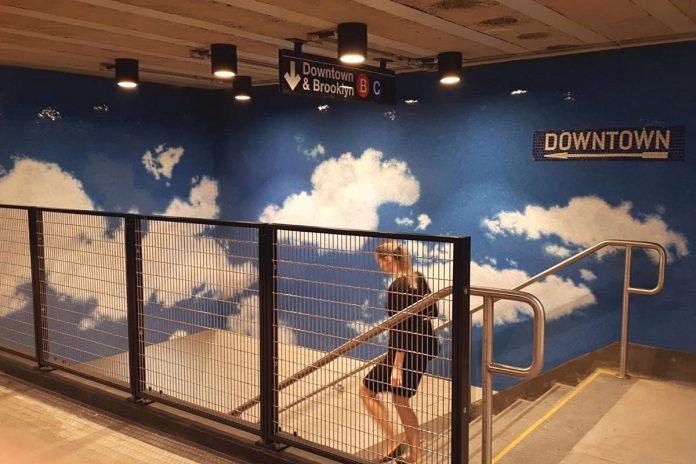 Yoko Ono metro New York